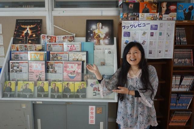 ▲松江北高図書館はせがわいずみコーナーで