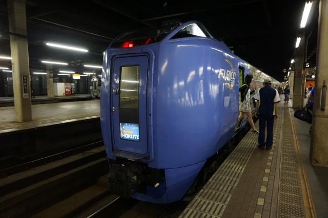 ▲札幌駅に到着した「スーパー北斗」